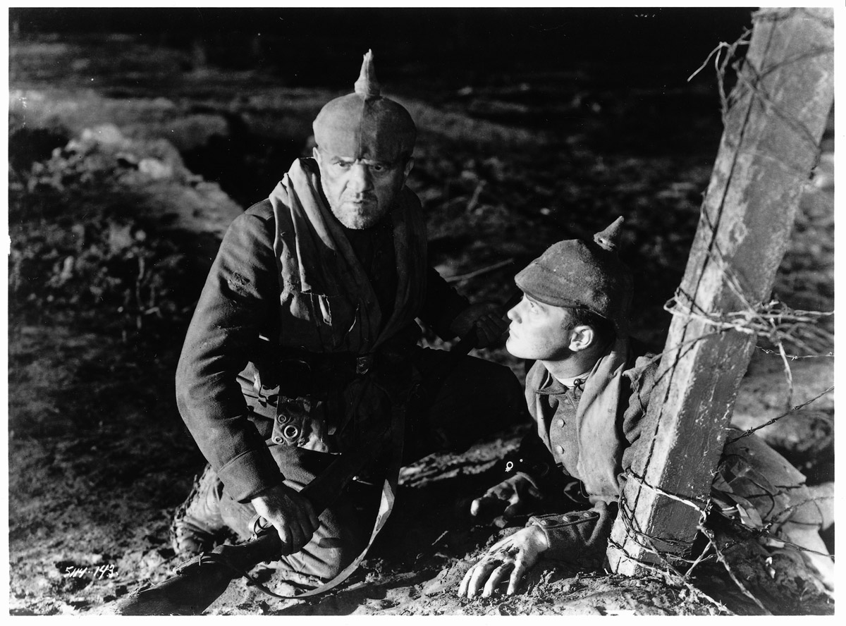 the realities of war in all quiet on the western front 1em remarque's novel all quiet on the western front is a war novel1 that   the film thus uses our 'suspended disbelief' in the reality of images in the fiction.